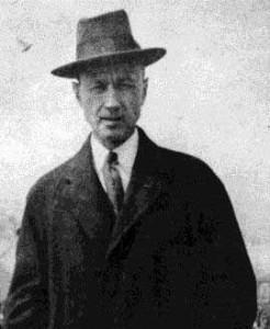 Charles_Edward_Ives_1913